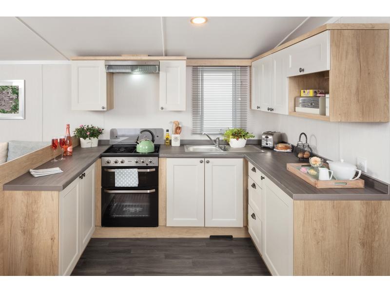int-burgundy-36-x-12-2b-kitchen-web.jpg